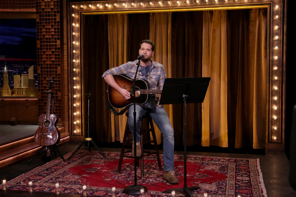 """THE TONIGHT SHOW STARRING JIMMY FALLON -- Episode 0648 -- Pictured: Songwriter Joshua Taylor during """"Battle of the Instant Songwriters"""" on March 28, 2017 -- (Photo by: Andrew Lipovsky/NBC)"""