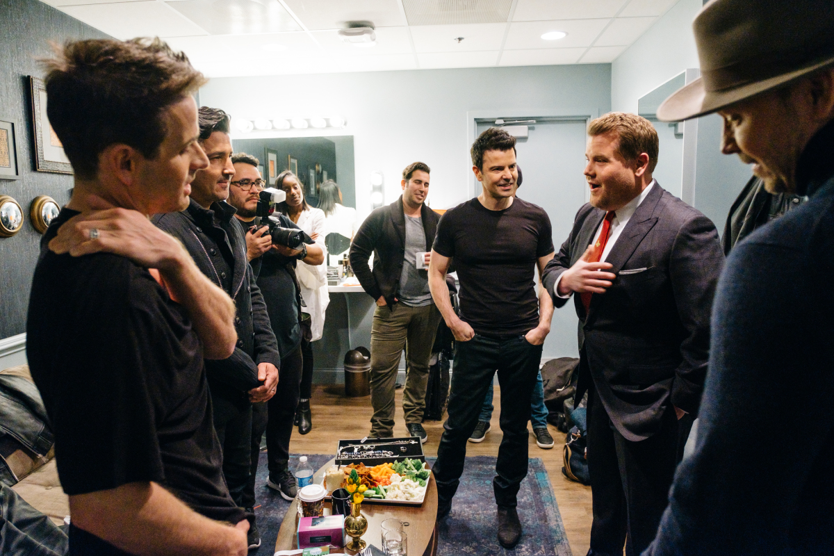 """Musical guest New Kids On The Block chat in the green room with James Corden during """"The Late Late Show with James Corden,"""" Monday, March 6, 2017 (12:35 PM-1:37 AM ET/PT) On The CBS Television Network. Photo: Terence Patrick/CBS ©2017 CBS Broadcasting, Inc. All Rights Reserved"""