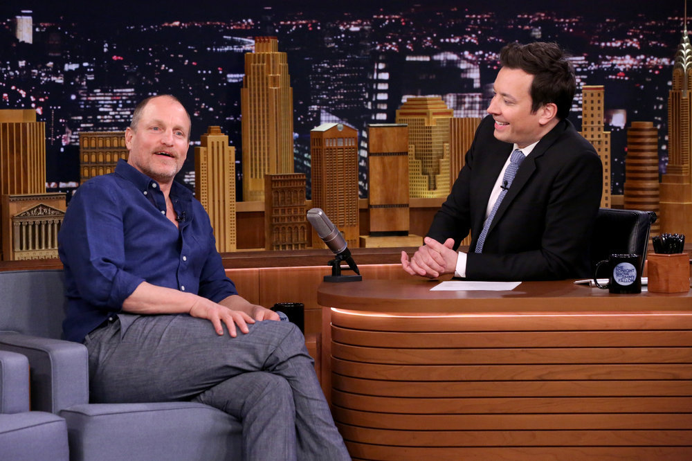 THE TONIGHT SHOW STARRING JIMMY FALLON -- Episode 0644 -- Pictured: (l-r) Actor Woody Harrelson during an interview with host Jimmy Fallon on March 22, 2017 -- (Photo by: Andrew Lipovsky/NBC)