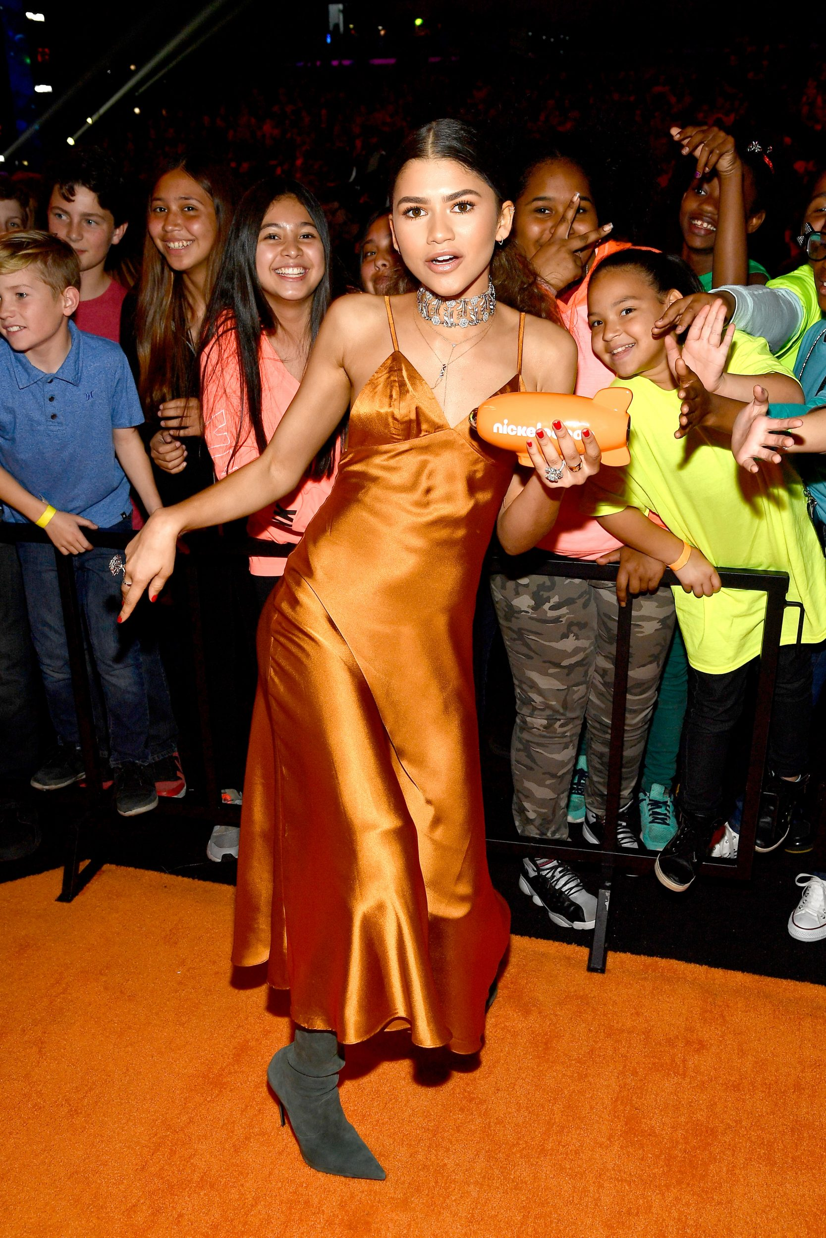 LOS ANGELES, CA - MARCH 11:  Actor Zendaya, winner of Favorite TV Actress for 'K.C. Undercover,' poses with fans at Nickelodeon's 2017 Kids' Choice Awards at USC Galen Center on March 11, 2017 in Los Angeles, California.  (Photo by Frazer Harrison/KCA2017/Getty Images for Nickelodeon)