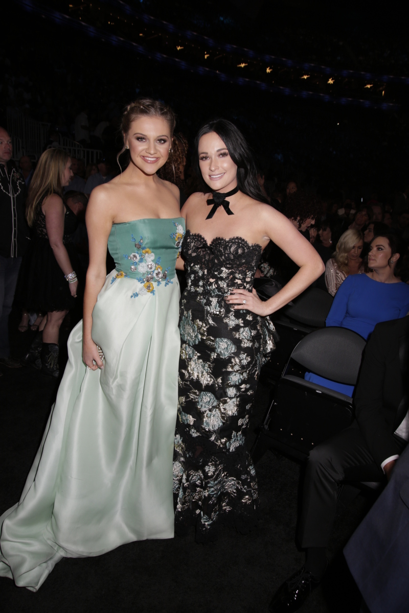 Kelsea Ballerini and Kacey Musgraves during THE 52ND ACADEMY OF COUNTRY MUSIC AWARDS®, broadcast LIVE from T-Mobile Arena in Las Vegas Sunday, April 2 (live 8:00-11:00 PM, ET/delayed PT) on the CBS Television Network. Photo: Francis Specker/CBS ©2017 CBS Broadcasting, Inc. All Rights Reserved