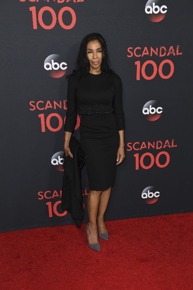 "SCANDAL - The cast of ""Scandal"" attended a 100th episode celebration in West Hollywood, CA. The 100th episode, entitled ""The Decision,"" airs THURSDAY, APRIL 13 (9:01-10:00 p.m. EST), on the ABC Television Network. (ABC/Todd Wawrychuk) KHANDI ALEXANDER"