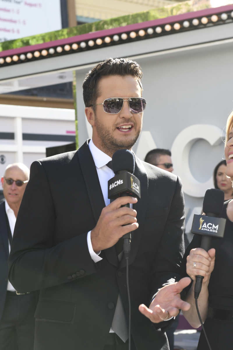 Luke Bryan on the red carpet for THE 52ND ACADEMY OF COUNTRY MUSIC AWARDS®, scheduled to air LIVE from T-Mobile Arena in Las Vegas Sunday, April 2 (live 8:00-11:00 PM, ET/delayed PT) on the CBS Television Network. Photo: Michele Crowe/CBS ©2017 CBS Broadcasting, Inc. All Rights Reserved