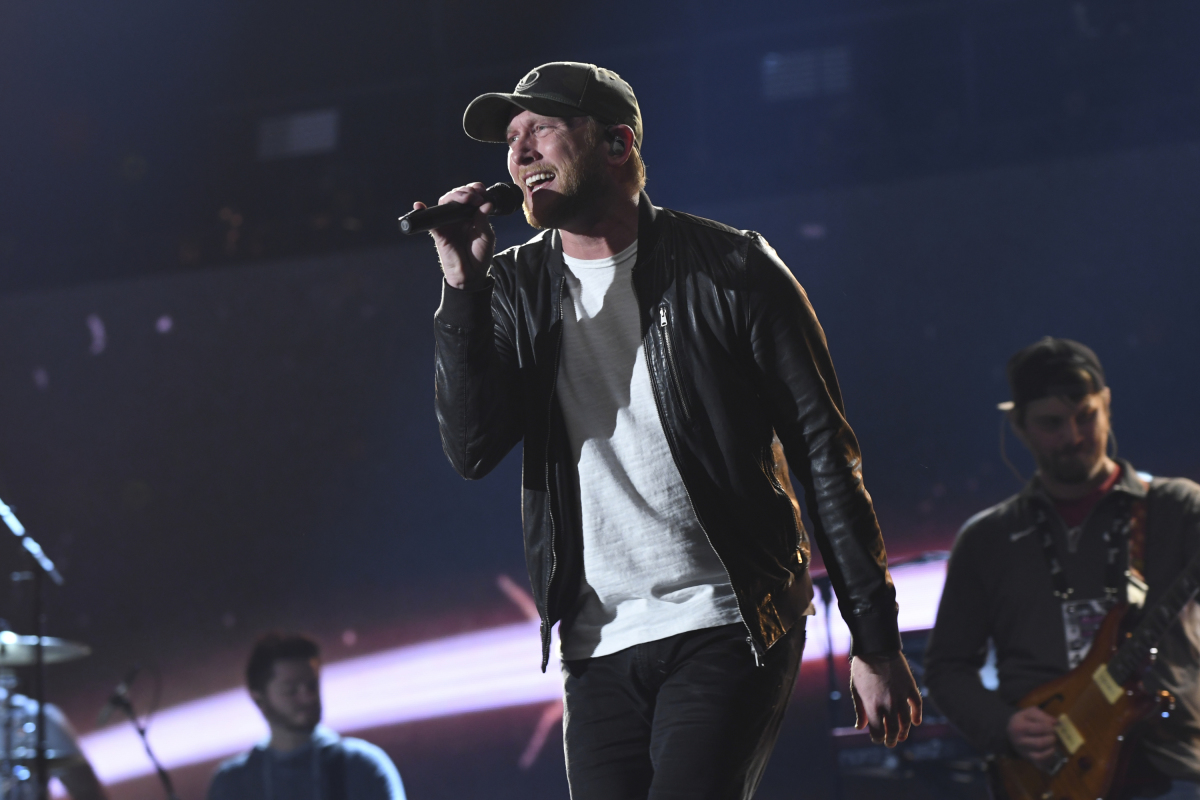 Cole Swindell performs during rehearsal for THE 52ND ACADEMY OF COUNTRY MUSIC AWARDS®, scheduled to air LIVE from T-Mobile Arena in Las Vegas Sunday, April 2 (live 8:00-11:00 PM, ET/delayed PT) on the CBS Television Network. Photo: Michele Crowe/CBS ©2017 CBS Broadcasting, Inc. All Rights Reserved