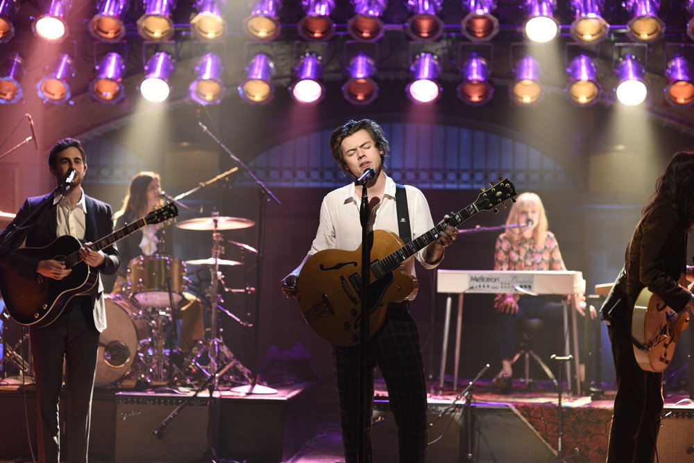 "f1a5b5e45af1a SATURDAY NIGHT LIVE — ""Jimmy Fallon"" Episode 1722 — Pictured  Harry Styles  performing ""Ever Since New York"" on April 15"