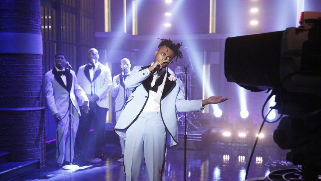 Wedding Crashers Amine.Amine Performs Wedding Crashers On Late Night With Seth Meyers