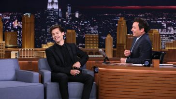 "eb3e91b4f17c0 Harry Styles Appeared On Wednesday s ""Tonight Show Starring Jimmy Fallon""  (Watch Now)"