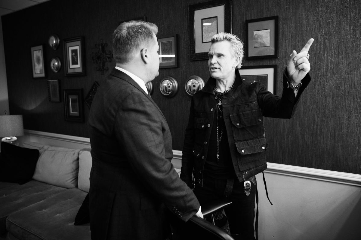 Billy Idol Performs White Wedding On James Corden S Late Late