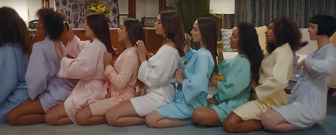 "Dua Lipa's ""New Rules"" Enters Top 50 On Billboard Hot 100"