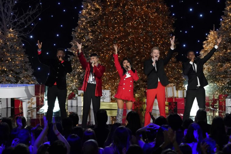 the second pentatonix christmas special drew fewer viewers than the first - Penatonix Christmas