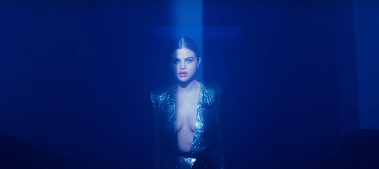 "Selena Gomez & Marshmello's ""Wolves"" Heading Top 20 At Pop"