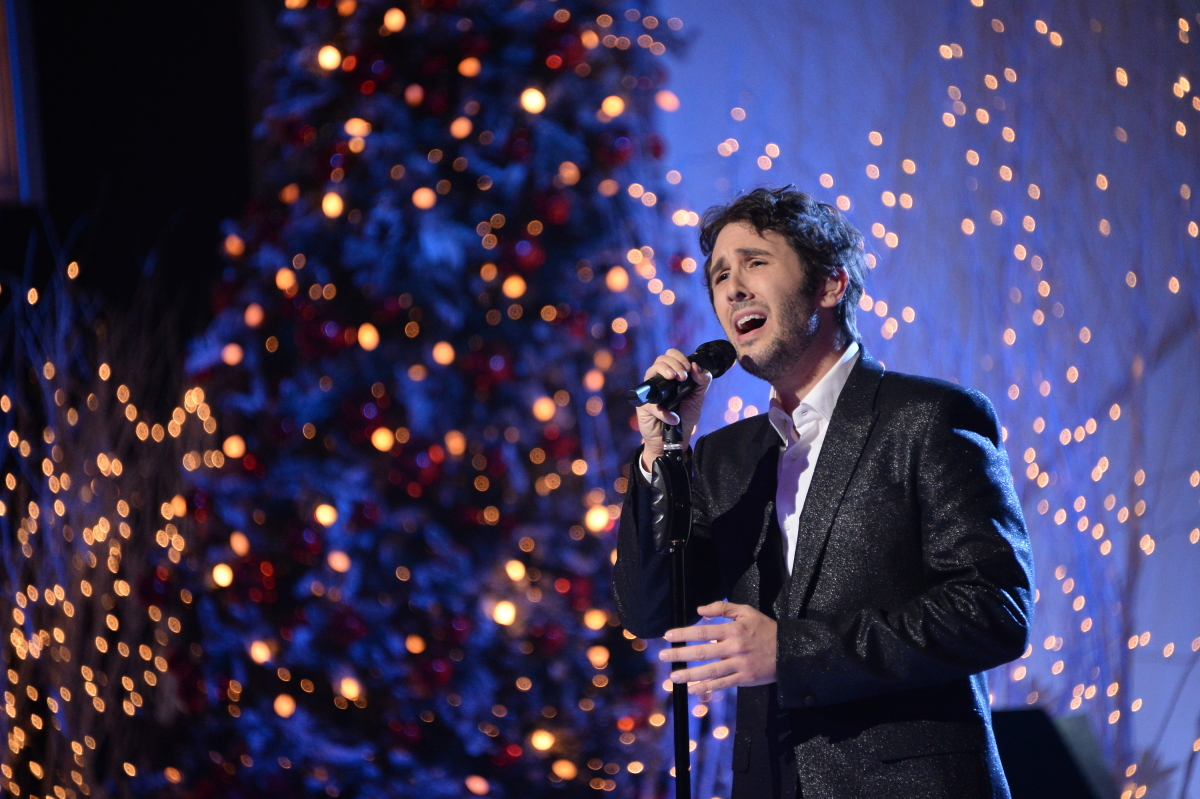 Early Look: Josh Groban, Kacey Musgraves, Kane Brown, Kelly Clarkson ...