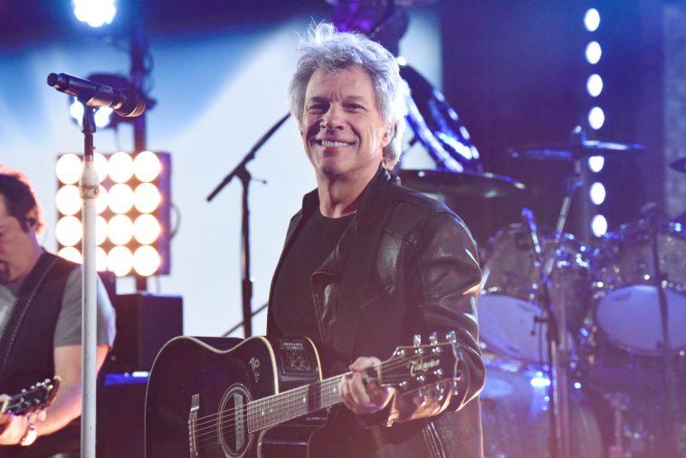 Bon Jovi Performs