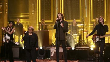 Hozier and Mavis Staples on Fallon