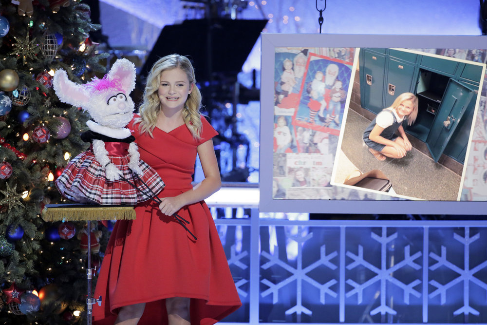 Americas Got Talent Christmas.First Look Darci Lynne Headlines My Hometown Christmas With