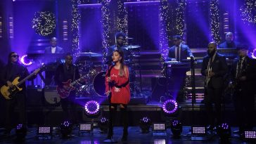 Ariana Grande performing on Fallon