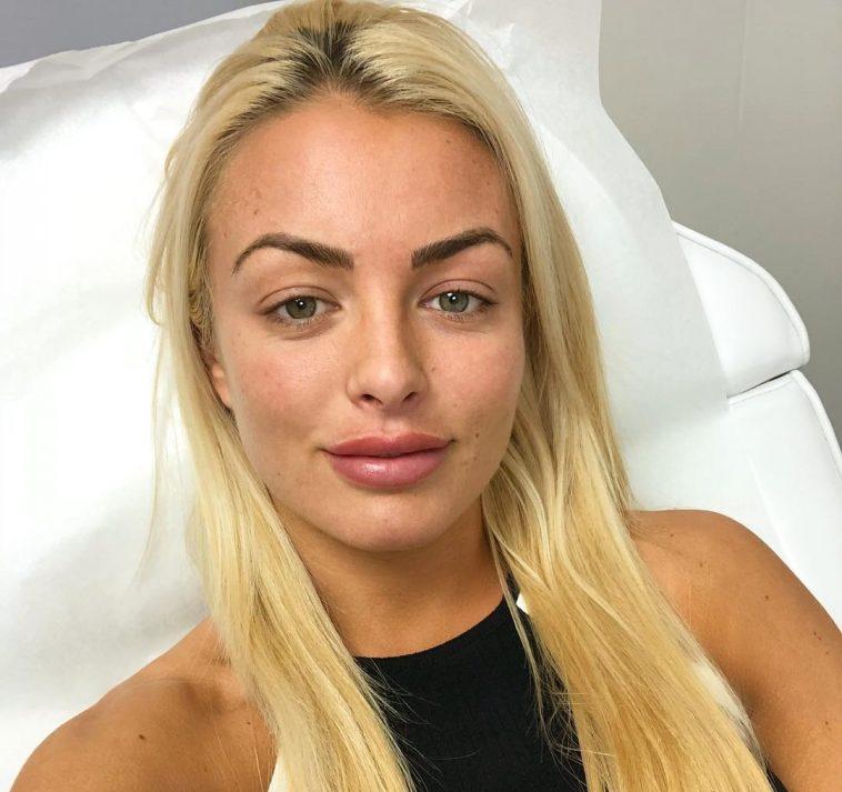WWE's Mandy Rose Looks Gorgeous In No-Makeup Instagram Selfie