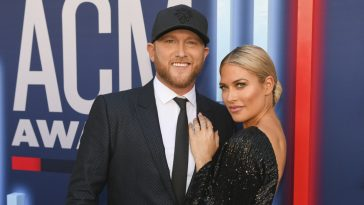 Barbie Blank is Cole Swindells ACM Awards date