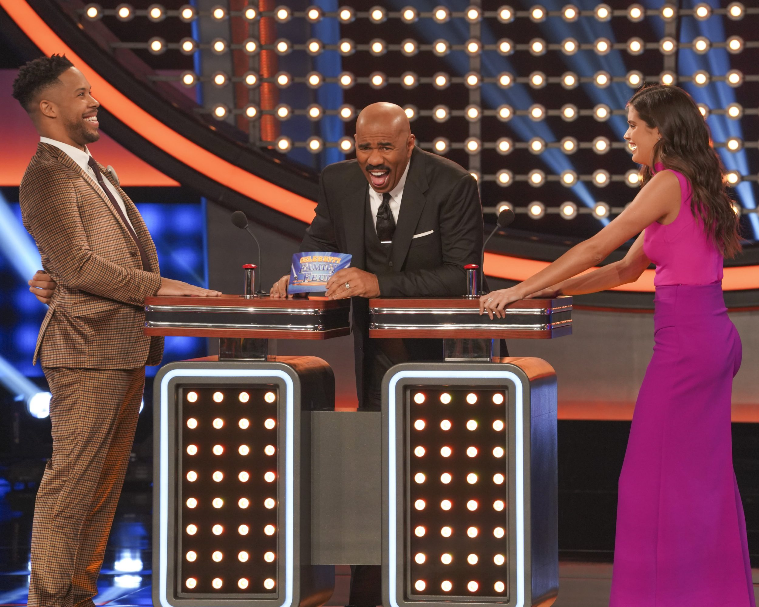 Celebrity Family Feud - *Sleuthing - Spoilers* - Discussion - Page 2 Family-Feud-Victorias-Secret-Bachelor-12