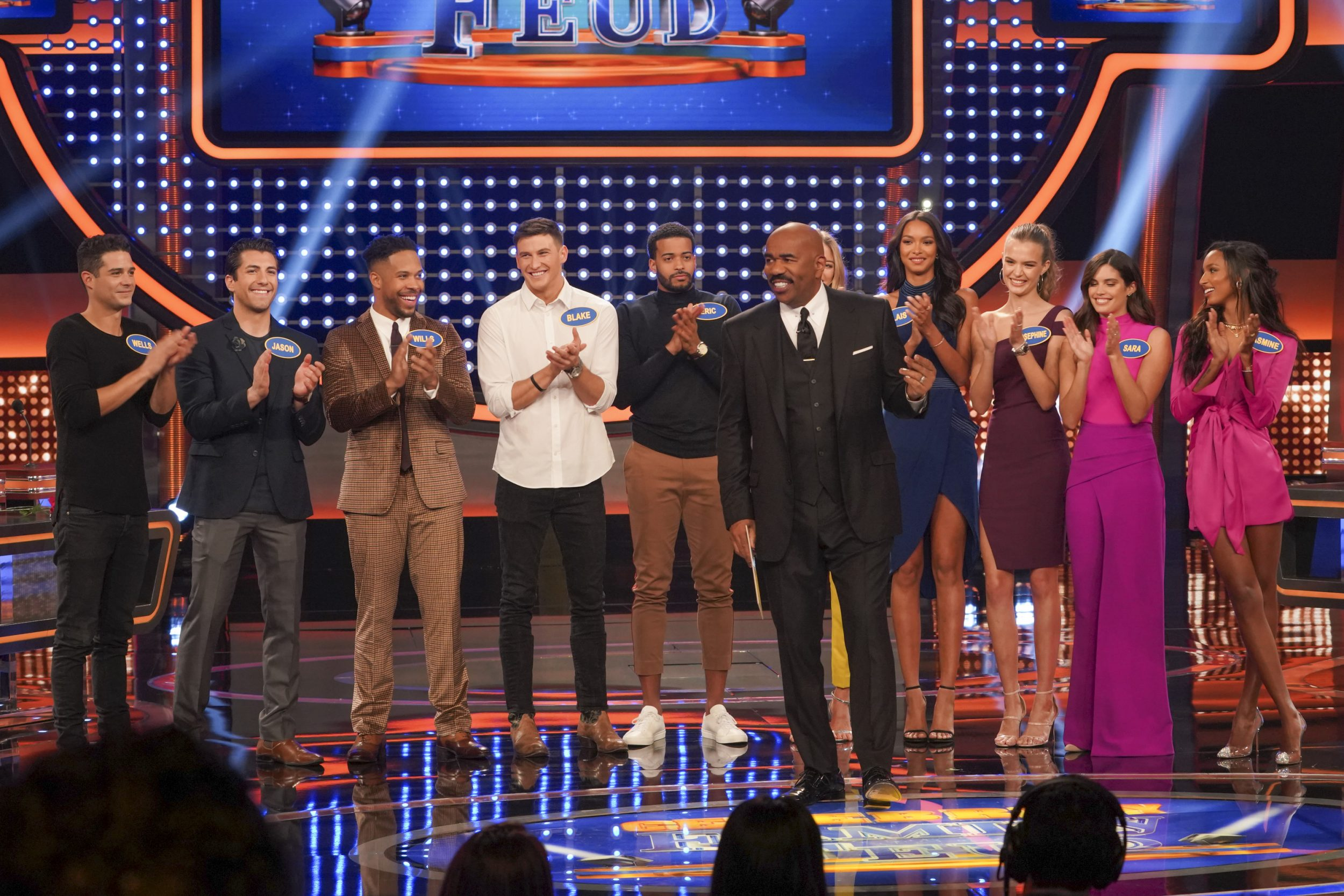 Celebrity Family Feud - *Sleuthing - Spoilers* - Discussion - Page 2 Family-Feud-Victorias-Secret-Bachelor-2