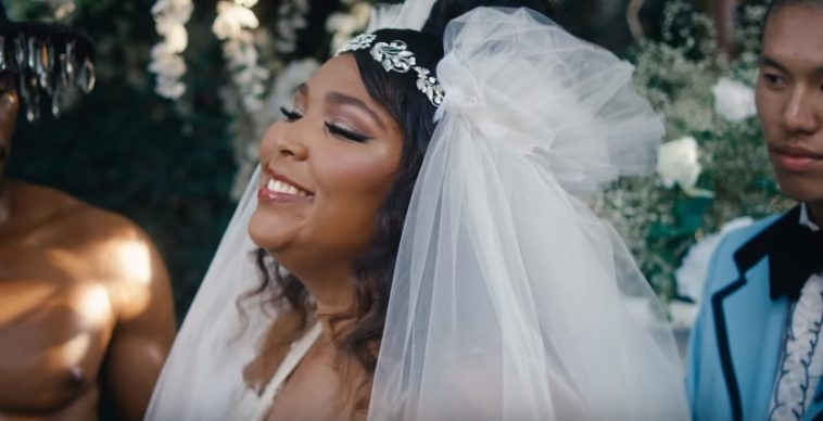 Lizzo back on top of U.S. charts to tie rap record