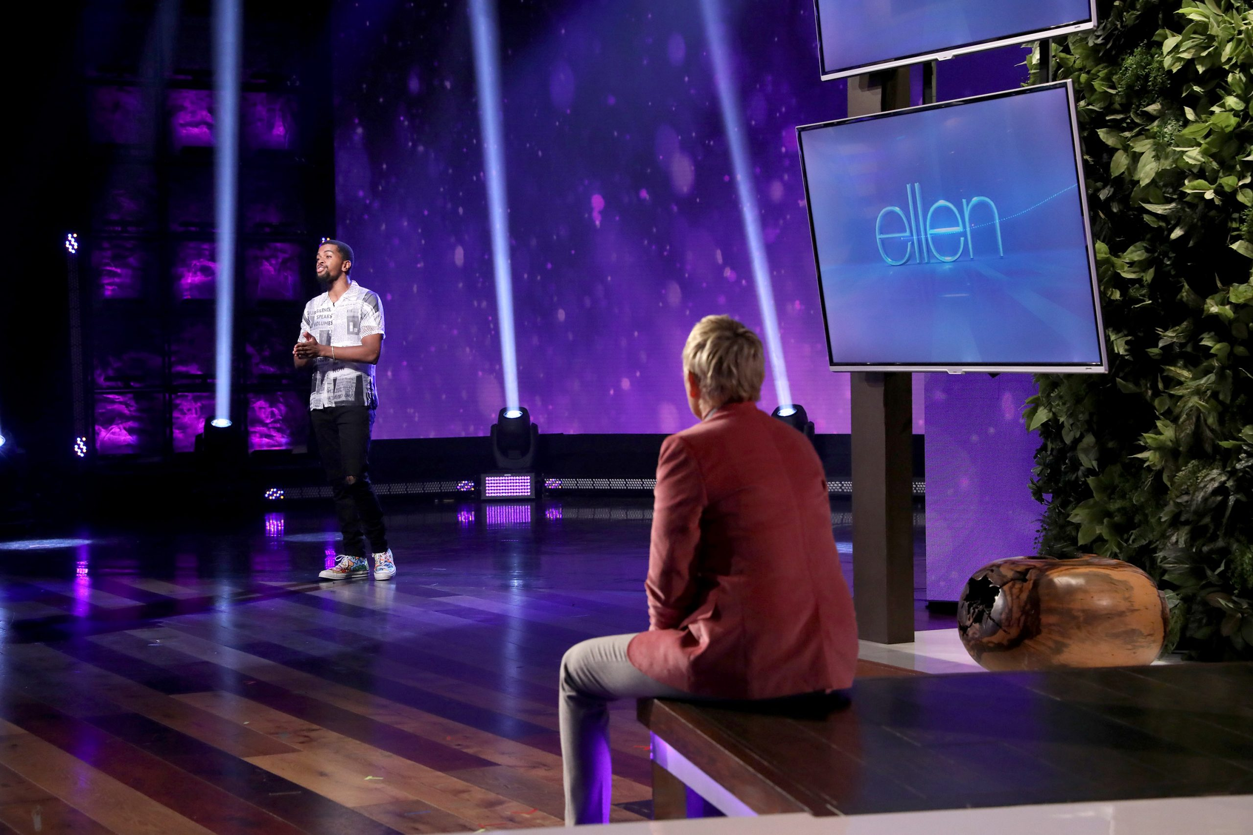 America S Got Talent Winner Brandon Leake Dedicates Poem To Breonna Taylor On Ellen Degeneres Show Watch Now