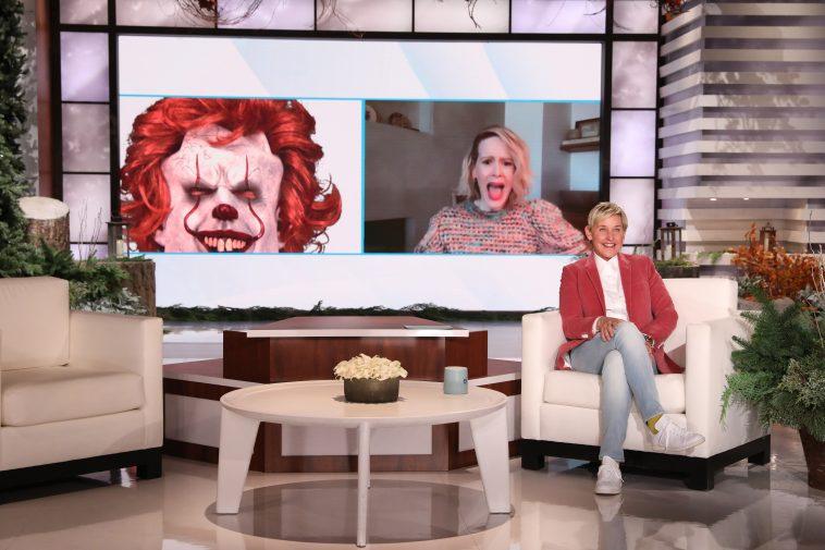 Watch Ellen Accept People's Choice Award on Behalf of Her 'Amazing Staff'
