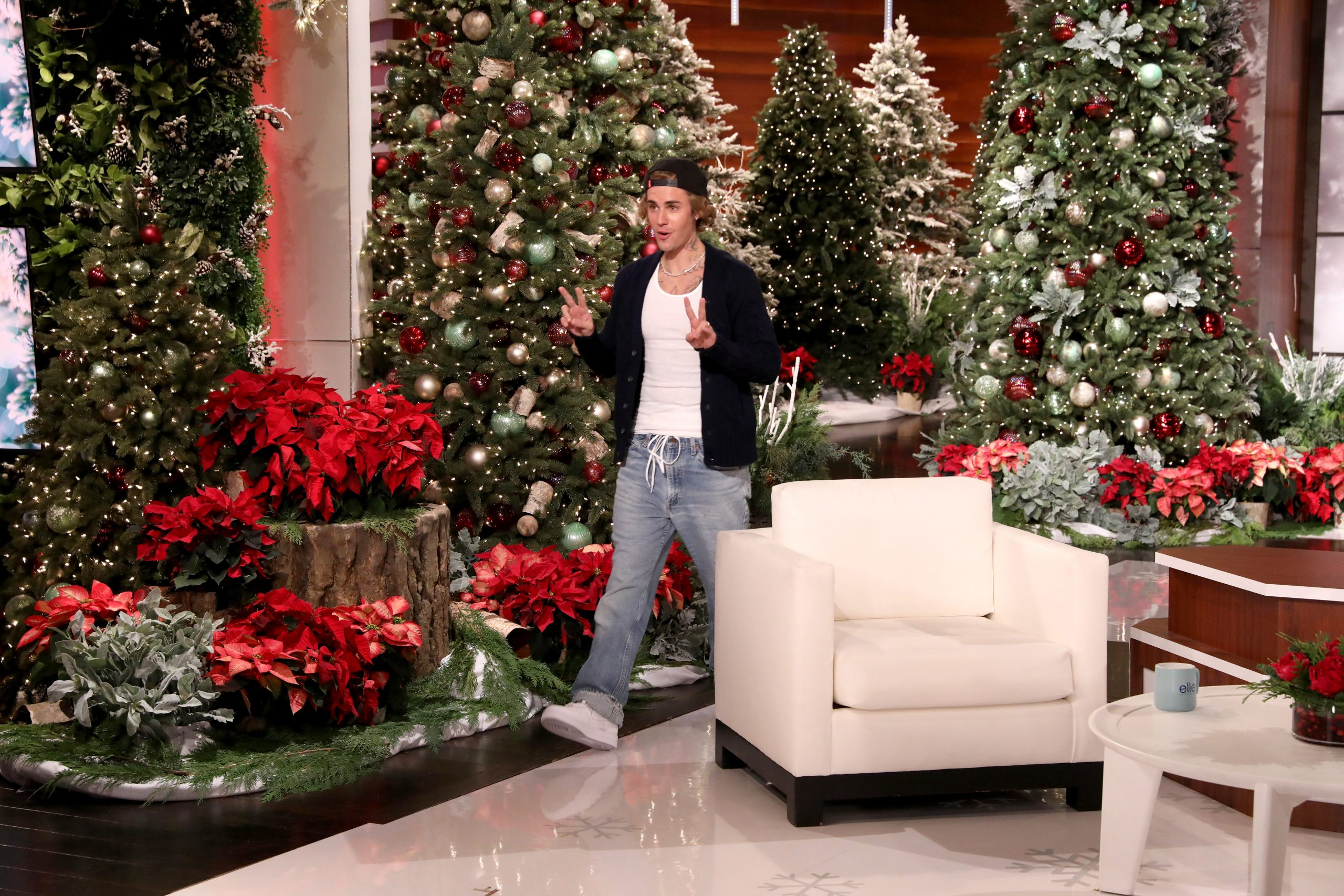 Ellens Christmas At Home Giveaway 2021 Justin Bieber Chats About Hailey S Thanksgiving Cooking His Recent Performances Tattoos More On Ellen Degeneres Show Watch Now